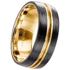 18 Karat Yellow Gold and Carbon Fiber Channel Men's Band