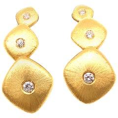 18 Karat Yellow Gold and Diamond Buccellati Earrings