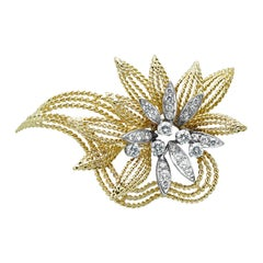 18 Karat Yellow Gold and Diamond Floral Leaf Pin