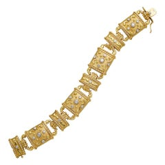 18 Karat Yellow Gold and Diamond Linked Bracelet