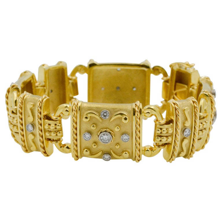 18 Karat Yellow Gold and Diamond Linked Bracelet For Sale