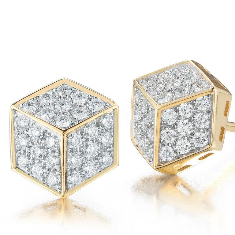 Paolo Costagli 18 Karat Yellow Gold and Diamond Pave Brillante Stud Earrings In New Condition For Sale In New York City, NY