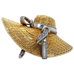 18 Karat Yellow Gold and Diamond Straw Hat Brooch