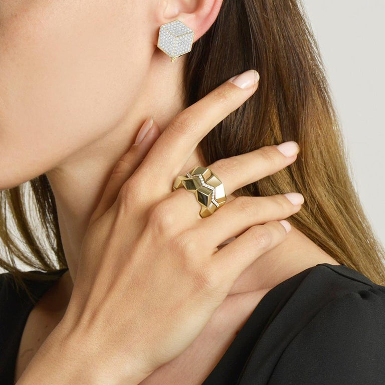 High polish 18kt yellow gold and pave-set diamonds Brillante® clip earrings, with option to add a drop pendant for a second look.  Translated from a quintessential Venetian motif, the Brillante® jewelry collection combines strong jewelry design,
