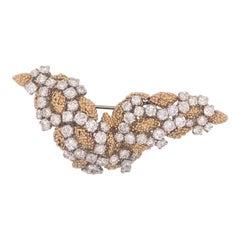 18 Karat Yellow Gold and Platinum Diamond Bird Shaped Pin VCA NY