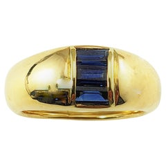 18 Karat Yellow Gold and Sapphire Ring