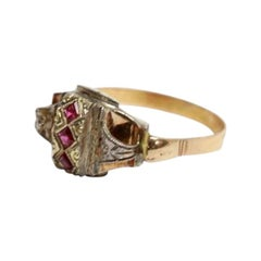 18 Karat Yellow Gold and Silver Ring with 3 Rubies