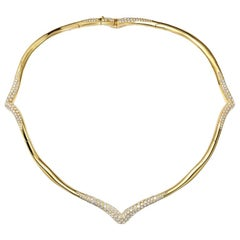 18 Karat Yellow Gold and White Diamonds Necklace