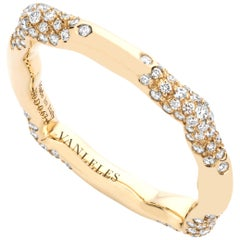 18 Karat Yellow Gold and White Diamonds Ring