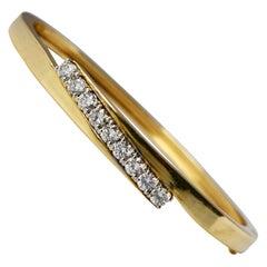 18 Karat Yellow Gold and White Round Brilliant Cut Diamond Bangle .90 Carat