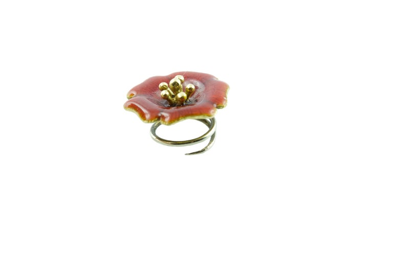 18 Karat Yellow Gold and Yellow Green Blue Red Enamel Brooches For Sale 7