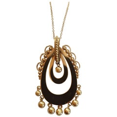 18 Karat Yellow Gold Antique Style Pendant Necklace