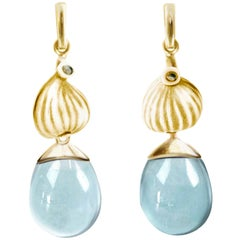18 Karat Yellow Gold Aquamarine Contemporary Earrings with Diamonds