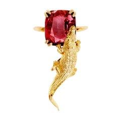 18 Karat Yellow Gold Artist Ring with 6.41 Cts. Perfect Malaia Garnet