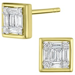 18 Karat Yellow Gold Baguette Diamond Square Stud Earring