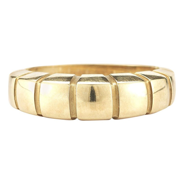 18 Karat Yellow Gold Banded Ring by Van Cleef & Arpels For Sale
