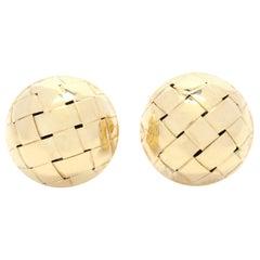 18 Karat Yellow Gold Basketweave Dome Stud Earrings