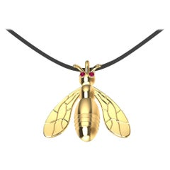 18 Karat Yellow Gold Bee Pendant Necklace with Rubies