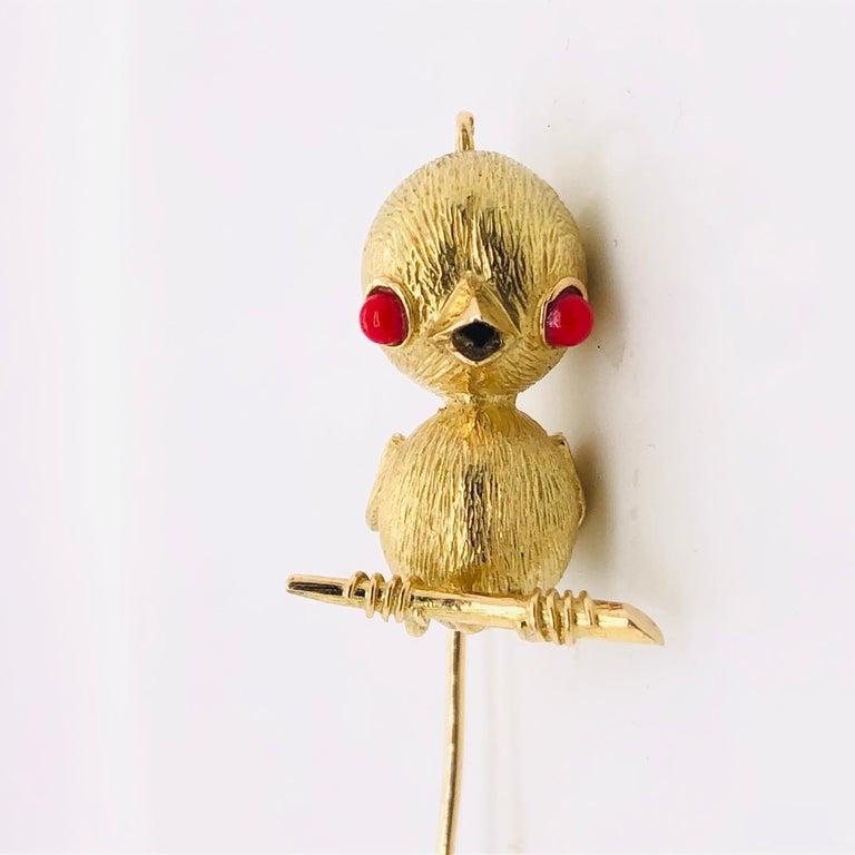 Retro 18 Karat Yellow Gold Bird Brooch or Pendant, France, Paris, 1970s For Sale