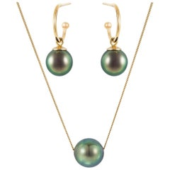 18 Karat Yellow Gold, Black Tahitian Pearl Hoop Earrings and Necklace Suite