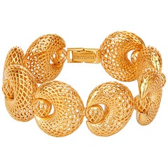 Yemyungji 18 Karat Yellow Gold Blooming Hinged Bracelet