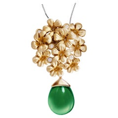 18 Karat Yellow Gold Blossom Contemporary Necklace with Diamonds