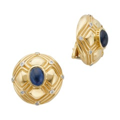 18 Karat Yellow Gold Blue Sapphire Diamond Clip-On Earrings