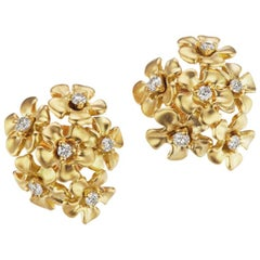 18 Karat Yellow Gold Bouquet Earrings with Diamonds