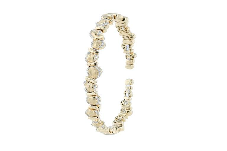 Women's 18 Karat Yellow Gold Bracelet For Sale