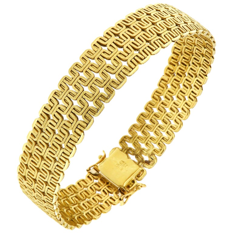 18 Karat Yellow Gold Bracelet Made in Italy For Sale