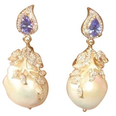 18 Karat Yellow Gold, Brilliant Cut Diamonds, Tanzanite and Pearl Earrings