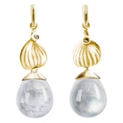 18 Karat Yellow Gold Cabochon Quartz Contemporary Drop Earrings with Diamonds