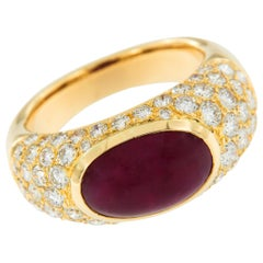 18 Karat Yellow Gold Cabochon Ruby and Diamond Bombe' Band Ring