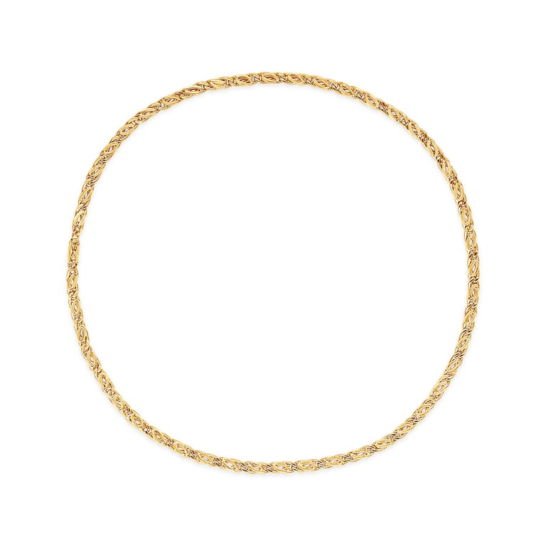 Modern 18 Karat Yellow Gold Chain Necklace For Sale