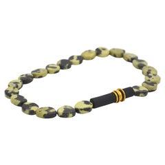 18 Karat Yellow Gold Chita Jade Caoutchouc Green Beaded Necklace