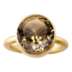 18 Karat Yellow Gold Citrine and Smoky Quartz Two-Stone Modern Cocktail Ring