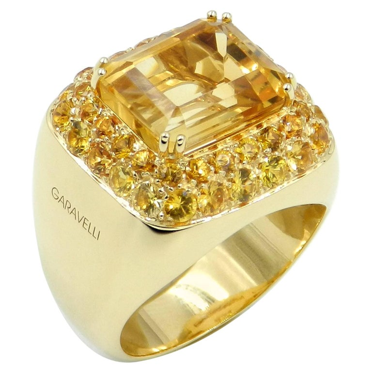 18 Karat Yellow Gold Citrine and Yellow Sapphires Garavelli Ring For Sale