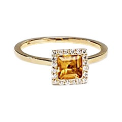 18 Karat Yellow Gold Citrine, Solitaire Ring, Timeless