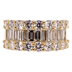 18 Karat Yellow Gold Classic Diamond Baguette Band Ring