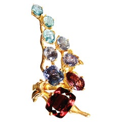 18 Karat Yellow Gold Contemporary Cocktail Ring with Sapphires and Tourmalines