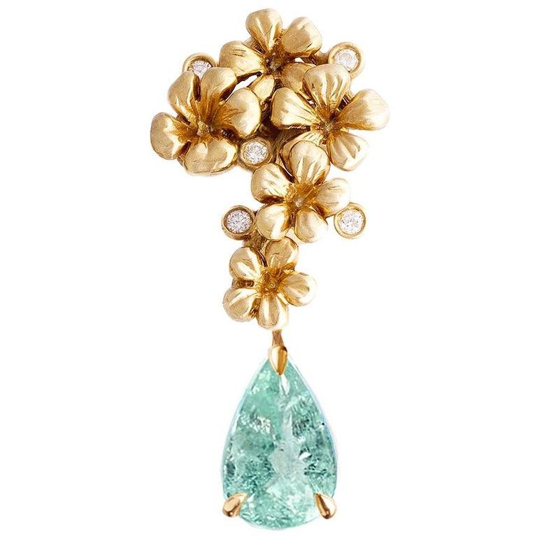 18 Karat Yellow Gold Brooch with Diamonds and Paraiba Tourmaline For Sale