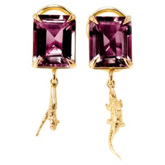 18 Karat Yellow Gold Contemporary Clip-On Earrings with Rubies