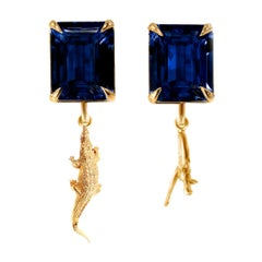 18 Karat Yellow Gold Contemporary Clip-On Earrings with Sapphires