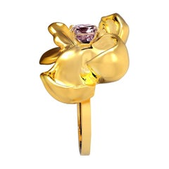18 Karat Yellow Gold Contemporary Cocktail Ring with Storm Purple Spinel
