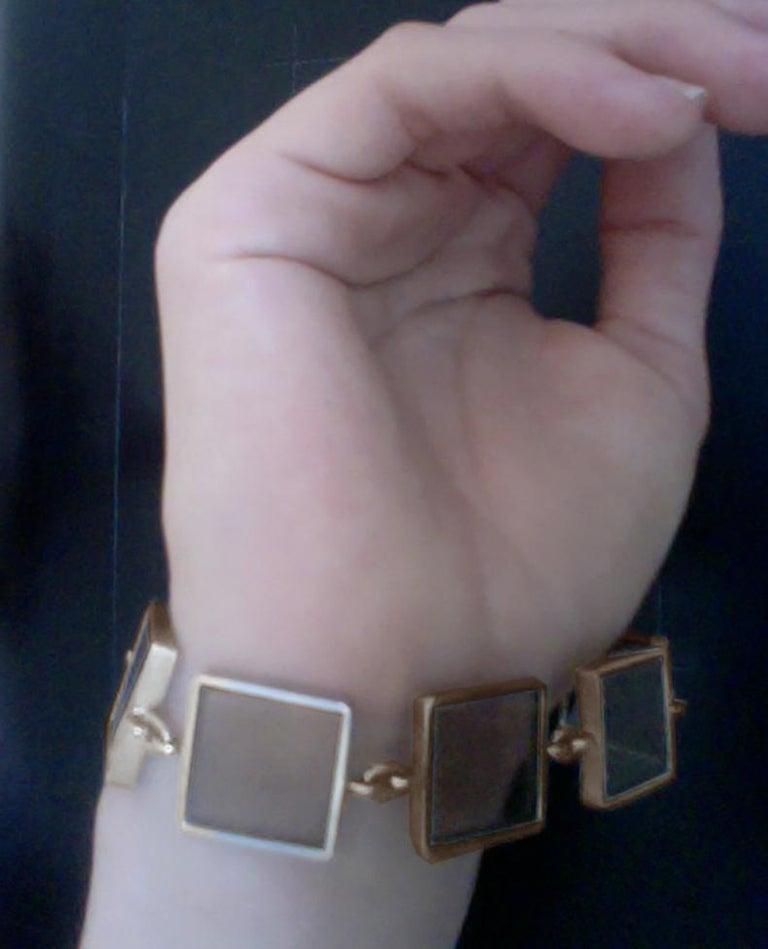 Women's or Men's 18 Karat Yellow Gold Contemporary Ink Bracelet with Smoky Quartz For Sale