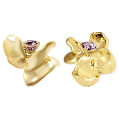 18 Karat Yellow Gold Contemporary Magnolia Clip-On Earrings with Purple Spinels