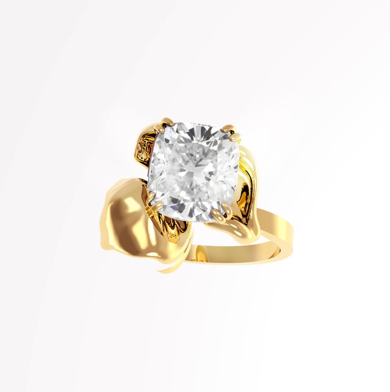This Flower contemporary ring is in 18 karat yellow gold with GIA certified crushed ice cushion cut diamond. The ring is designed by oil painter and 3D jewellery designer Polya Medvedeva.  The diamond is 1.01 Ct, SI1, F. Unusual form makes this ring