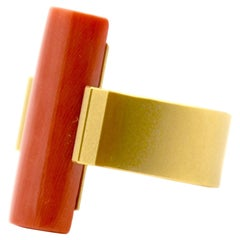 18 Karat Yellow Gold Coral Cocktail Ring
