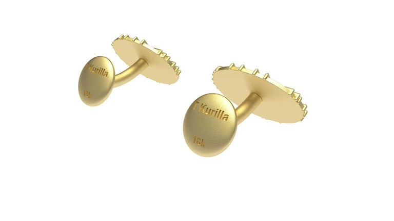 18 Karat Yellow Gold Cufflinks In New Condition For Sale In New York, NY
