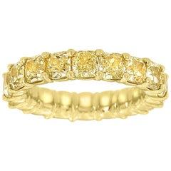 18 Karat Yellow Gold Cushion Yellow Diamonds Eternity Ring '7.5 Carat'